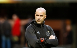 (FILES) This file photo taken on May 23, 2017 shows Ajax Dutch head coach Peter Bosz during a training session at the Friends Arena in Solna outside Stockholm, on the eve of the UEFA Europa League football final between Ajax Amsterdam and Manchester United.Peter Bosz was on June 6, 2017 the named new coach of Borussia Dortmund / AFP PHOTO / Odd ANDERSEN