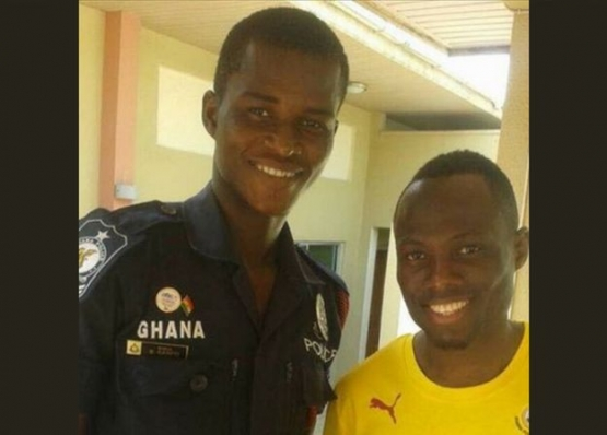 Sarfo (left) with Black Stars midfielder Emmanuel Agyemang-Badu last year